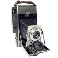 POLAROID 110B Pathfinder Land Camera